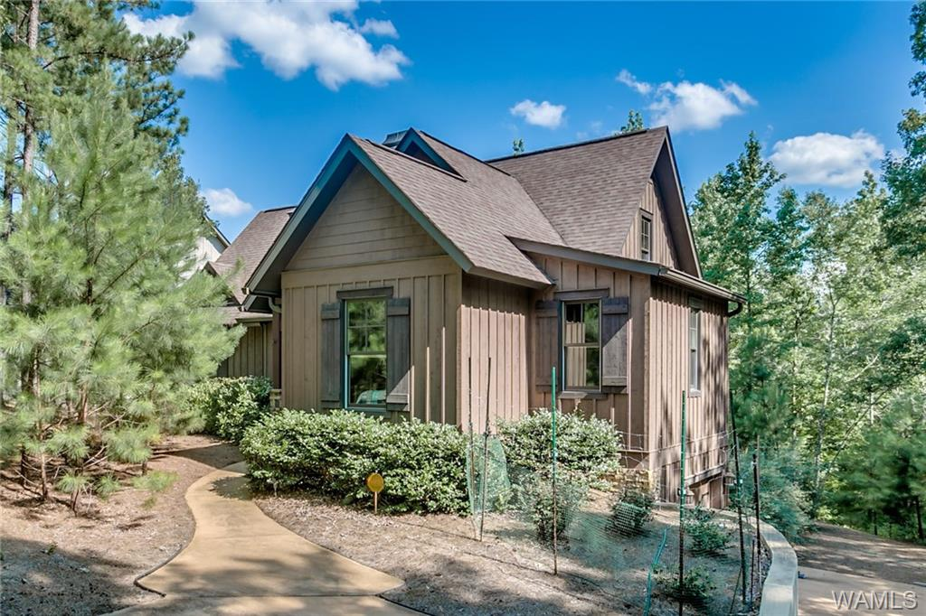 10596 LEGACY POINT, Northport, AL 35475