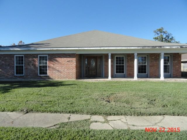 8531 FORDHAM Court, New Orleans, LA 70127