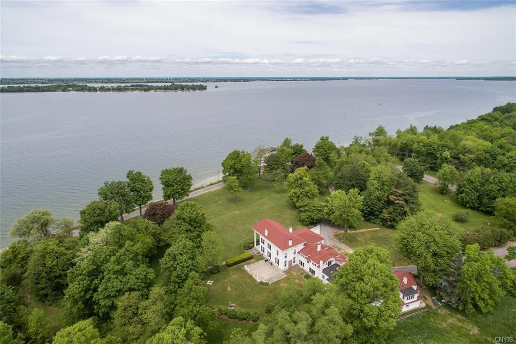 31429 County Route 6, Cape Vincent, NY 13618