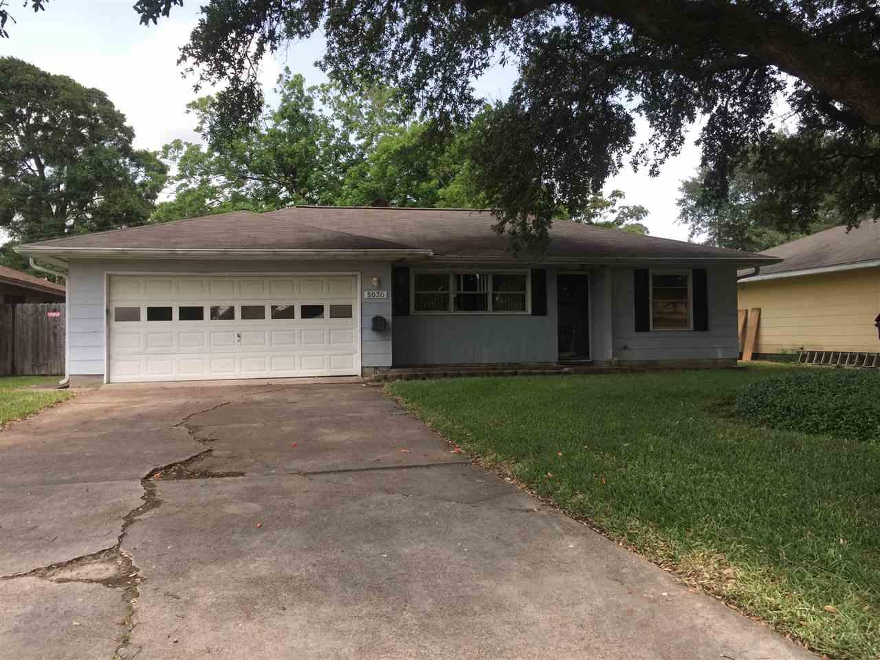 5030 Sue, Groves, TX 77619