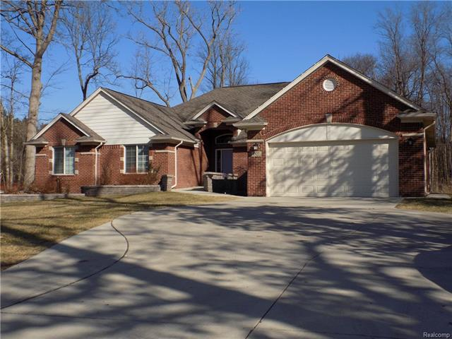 1527 JOHN R RD, Rochester Hills, MI 48307