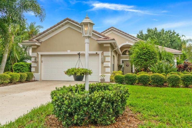 6611 VIRGINIA CROSSING, UNIVERSITY PARK, FL 34201