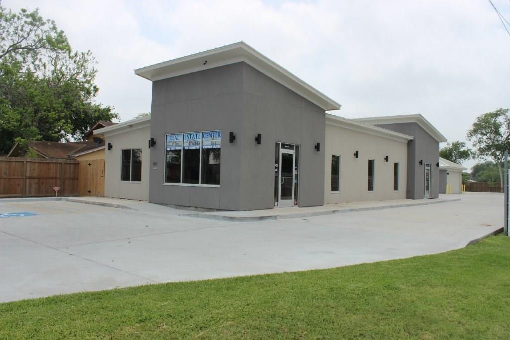 5117 Williams Dr B, Corpus Christi, TX 78411