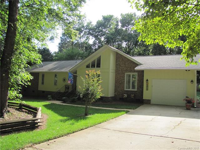 14011 Springwater Drive, Matthews, NC 28105