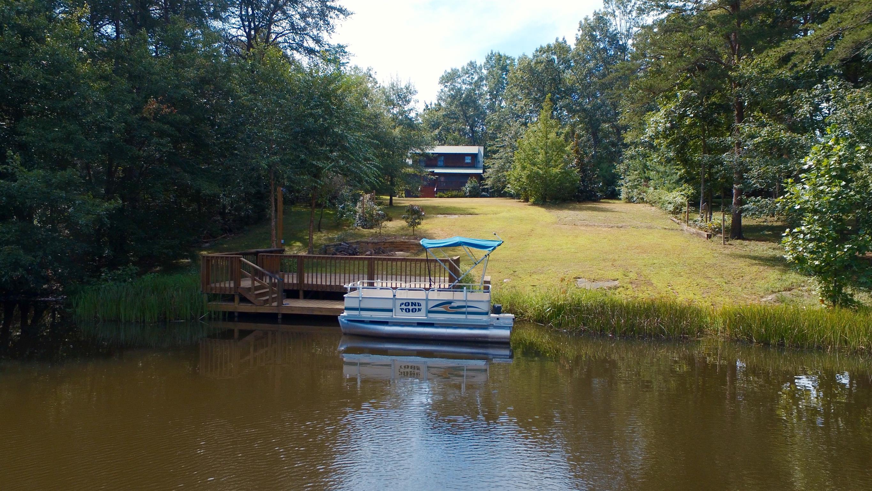298 Eagle Lake Rd, Coalmont, TN 37313