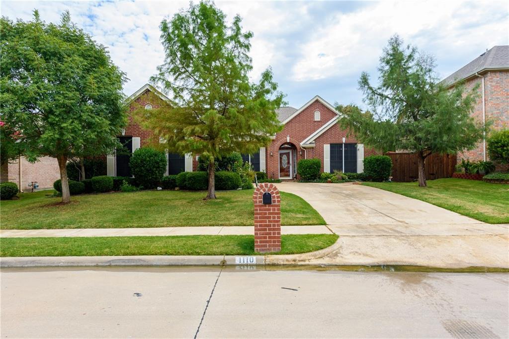 1110 Oakhollow Drive, Corinth, TX 76210