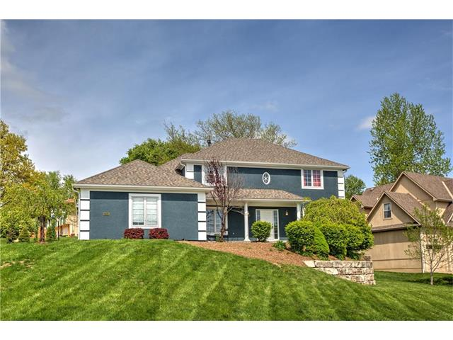 10312 NW River Hills Drive, Parkville, MO 64152