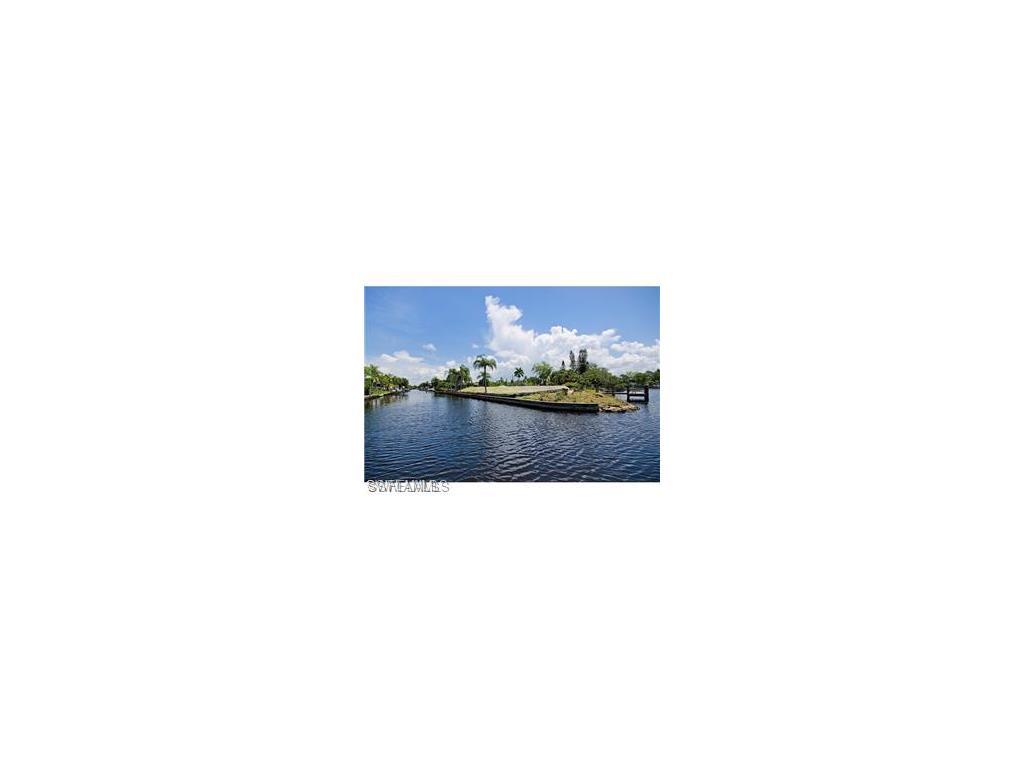 27218 Harbor Dr, BONITA SPRINGS, FL 34135