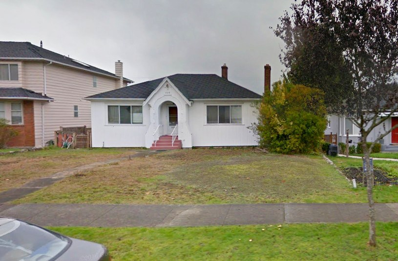 445 W 26TH AVENUE, Vancouver, BC V5Y 2K1