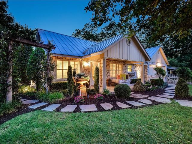 2505 Twin Oaks Dr, Austin, TX 78757
