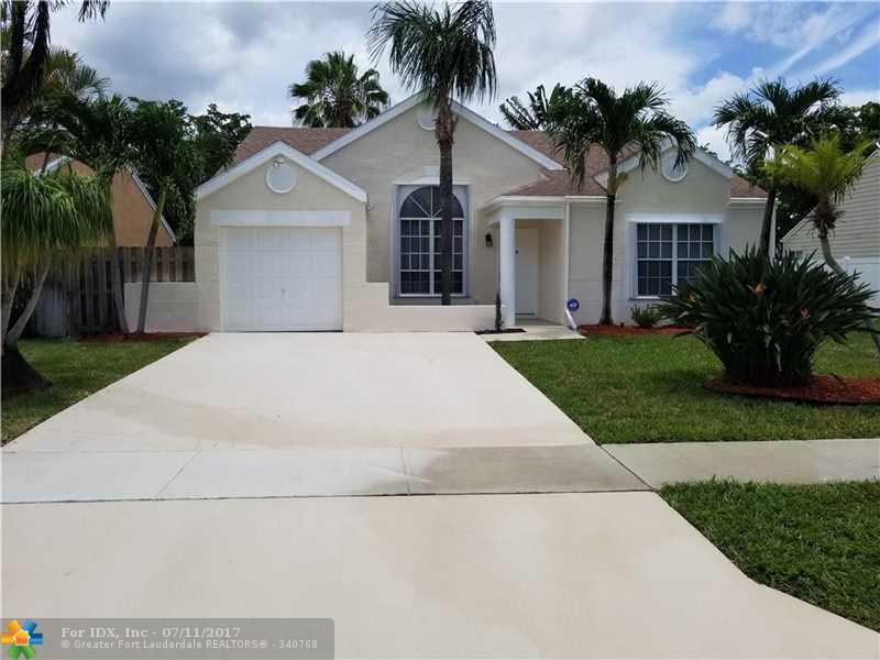 8467 Dynasty Dr, Boca Raton, FL 33433