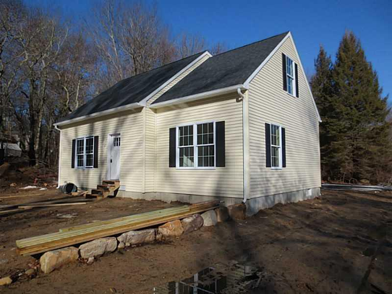 505 MAIL RD, Exeter, RI 02822