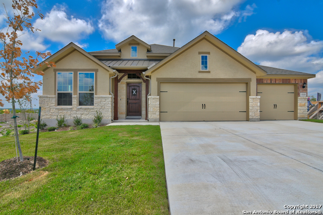 13610 Falls Summit, San Antonio, TX 78245