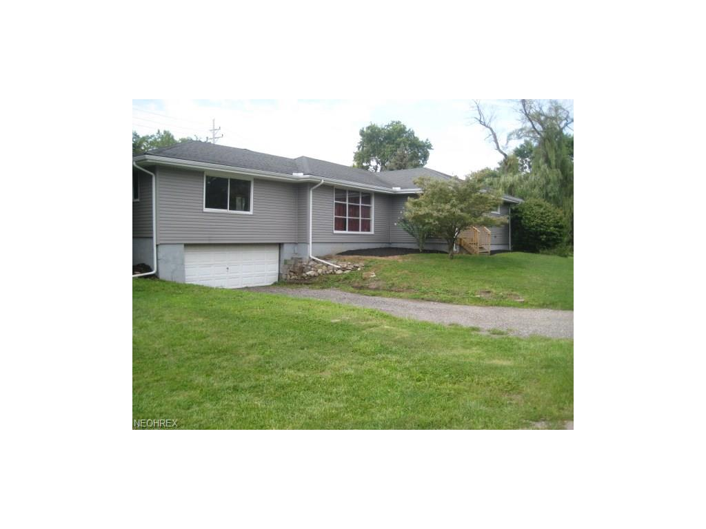 4165 Depot St, Perry, OH 44081