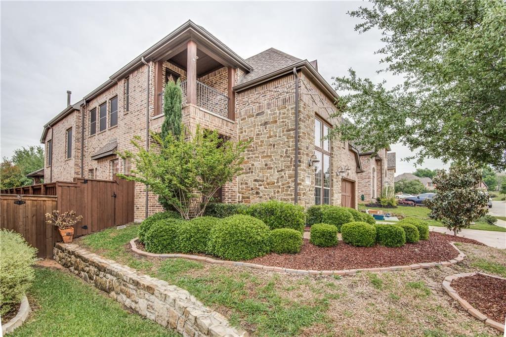 2107 N Hill Drive, Irving, TX 75038