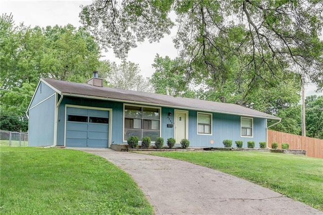 6302 W 77th Terrace, Prairie Village, KS 66204