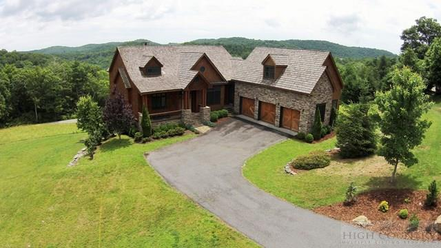 185 West Indrio Road, Blowing Rock, NC 28605