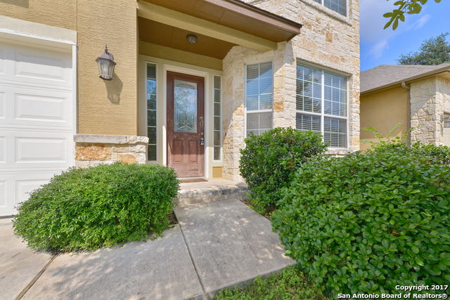 10435 Avalon Rdg, San Antonio, TX 78240