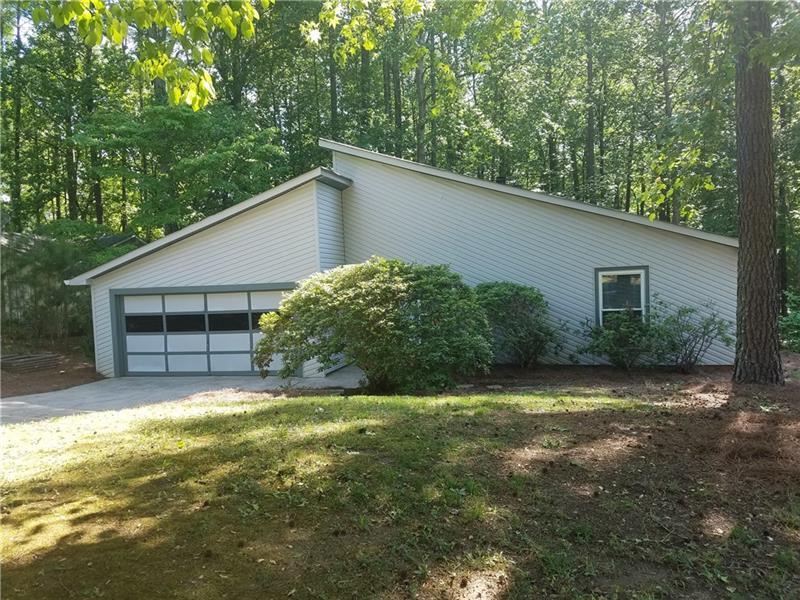 525 E Creekwood Crossing, Roswell, GA 30076