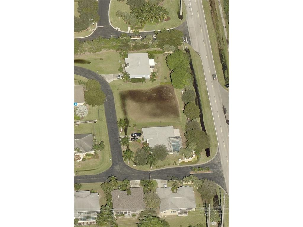 8800 Woodgate Manor CT, FORT MYERS, FL 33908