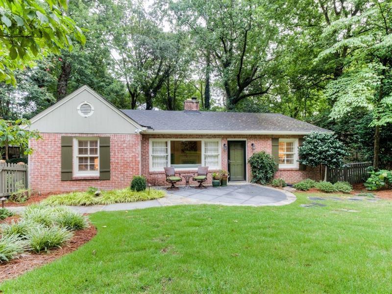 2055 NW Cottage Lane, Atlanta, GA 30318