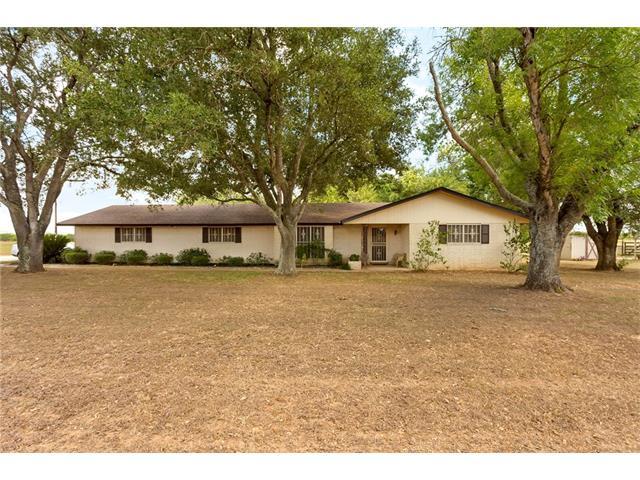 1591 Leissner School Rd, Seguin, TX 78155