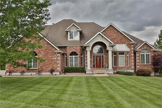 4405 SE WILLOW PLACE Court, Blue Springs, MO 64014