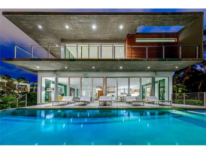 201 Palm Ave, Miami Beach, FL 33139