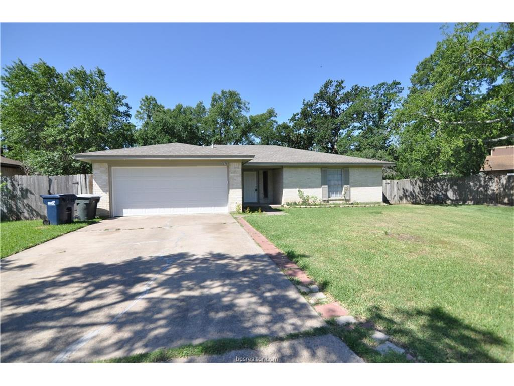 2707 Normand, College Station, TX 77845