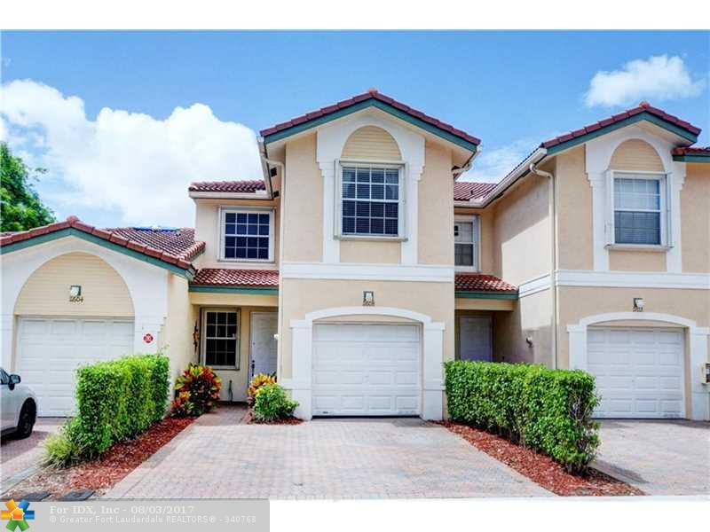 3 Bedroom, 2 1/2 Bath townhouse with 1 car garage in Pelican Point at Wyndham Lakes. Move in condition. Great location near shopping, restaurants, and A-rated schools.
