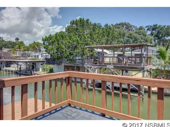 230 Indian Creek Rd, Oak Hill, FL 32759