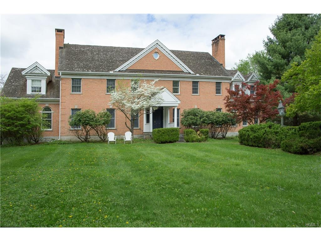 6 Woods End Road, Lagrangeville, NY 12540