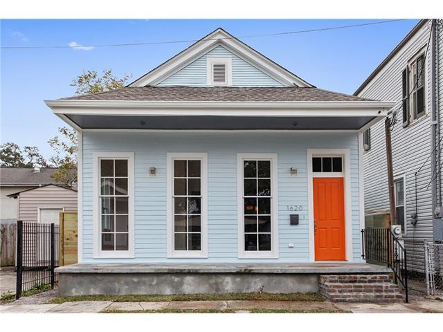 1620 ROUSSELIN Drive, New Orleans, LA 70119