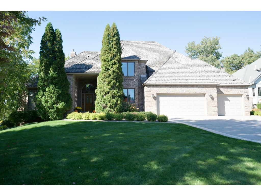 100 Innsbrook Lane, Burnsville, MN 55306