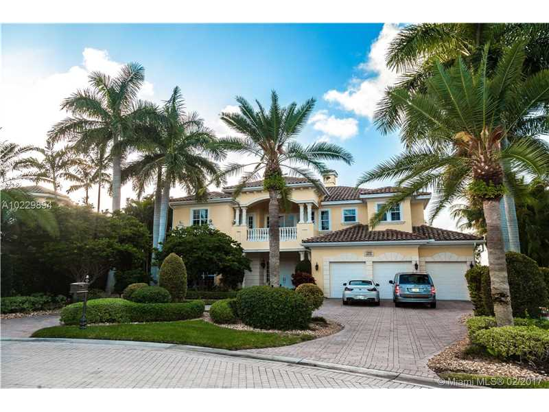 1200 Harbor Court, Hollywood, FL 33019