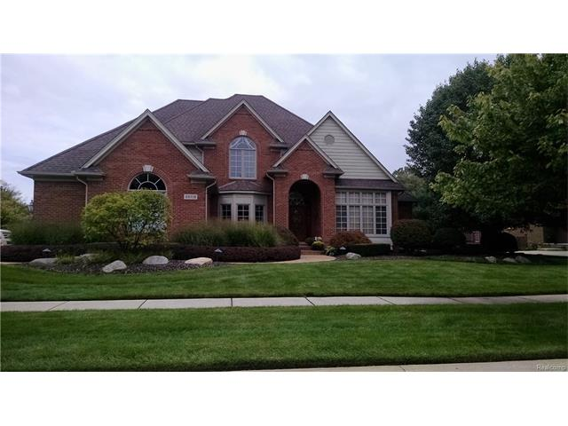 55118 WHITNEY, Shelby Twp, MI 48315