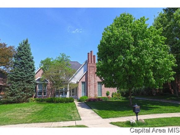 1404 Woods Farm Lane, Springfield, IL 62704