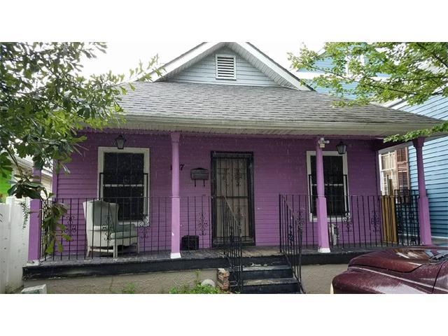 1817 BARONNE Street, New Orleans,, LA 70113