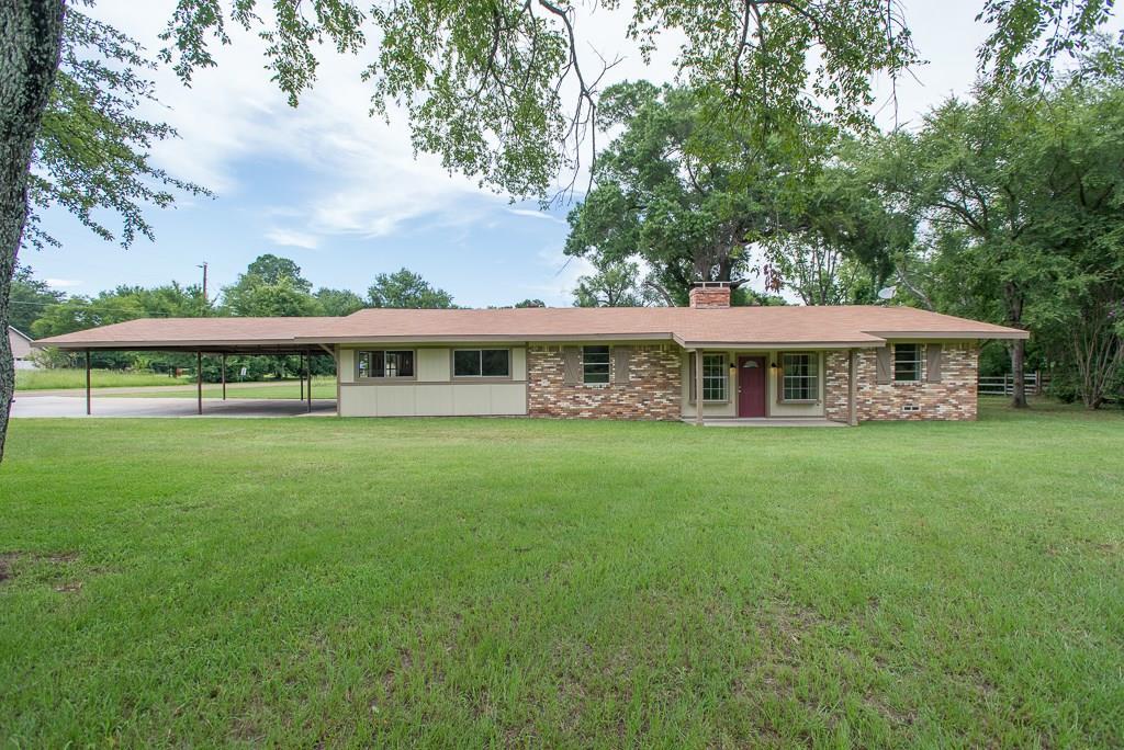 114 Lindy Lee Lane, Mabank, TX 75156