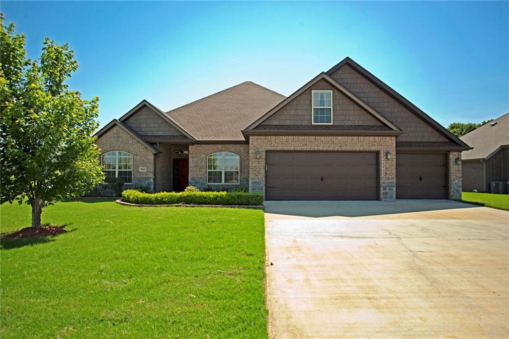 3901 SW Hollowbrook ST, Bentonville, AR 72712