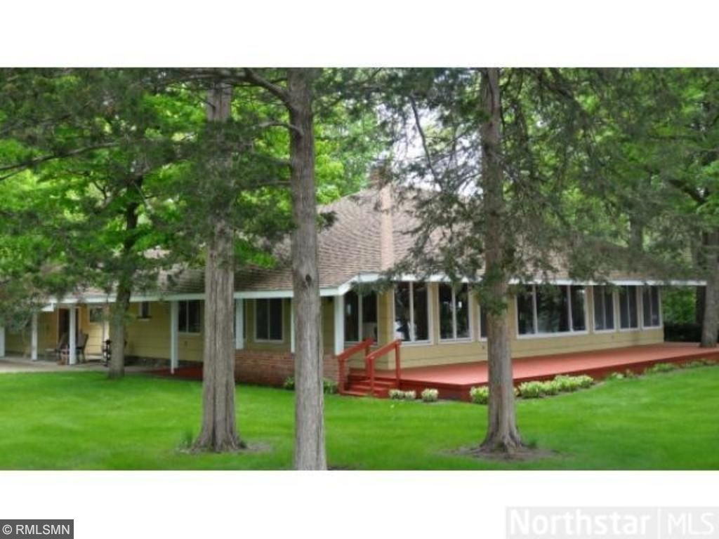 10713 108th Street NW, Annandale, MN 55302