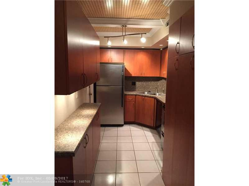 669 W Oakland Park Blvd 109B, Wilton Manors, FL 33311