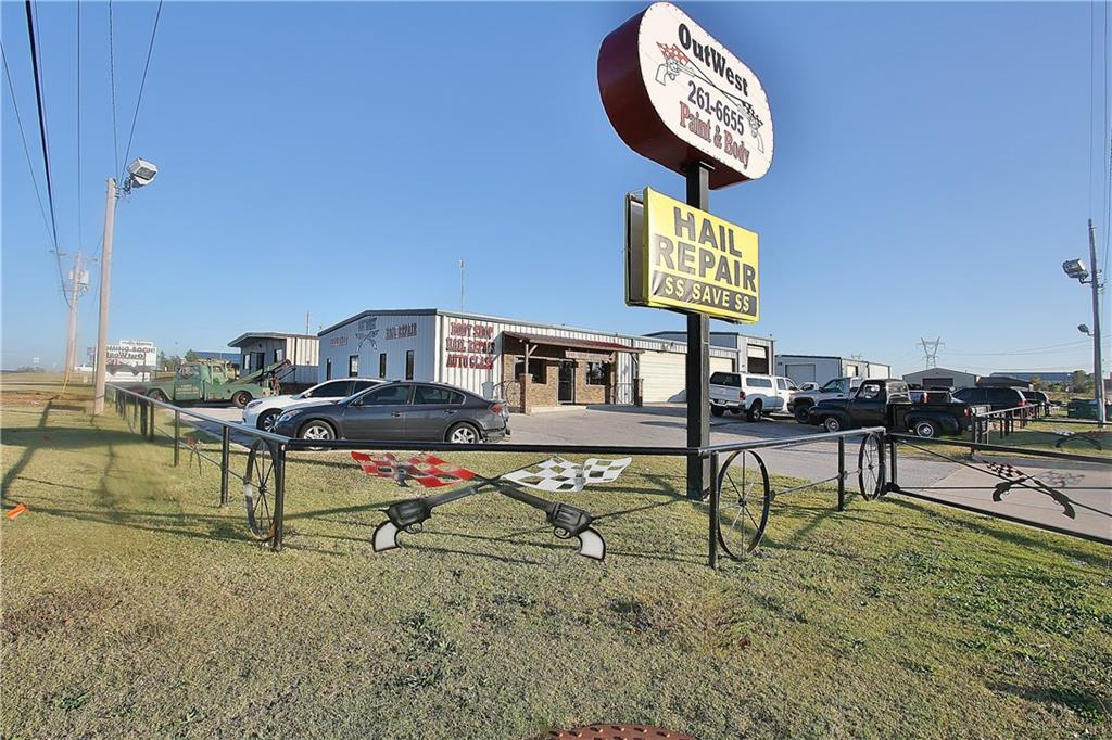 1200 E State Highway 152, Mustang, OK 73064