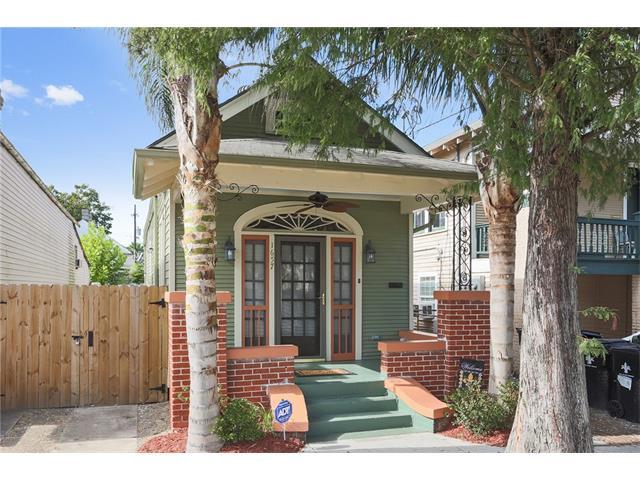 1657 ROUSSELIN Drive, New Orleans, LA 70119