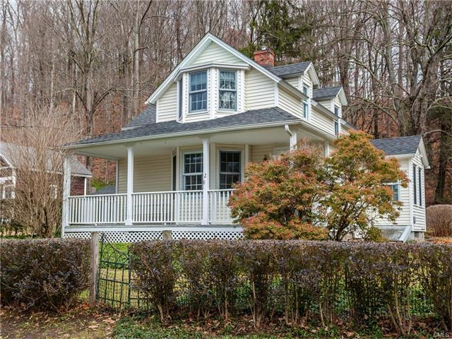 28 School Street, Washington, CT 06793