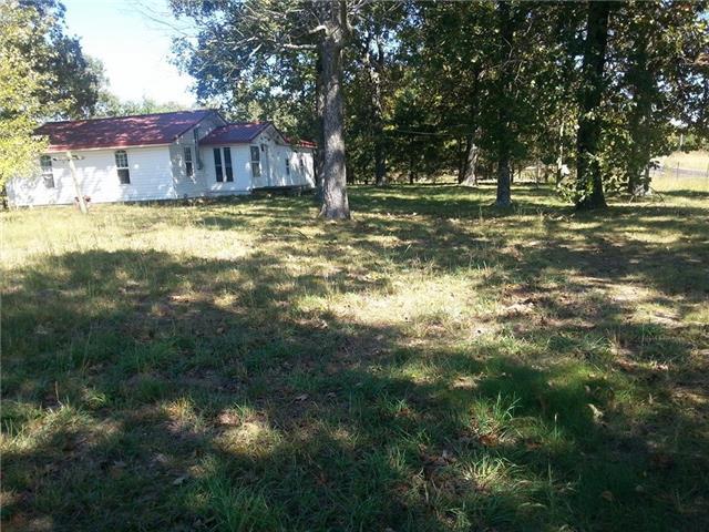 369 Highway 20, Summertown, TN 38483