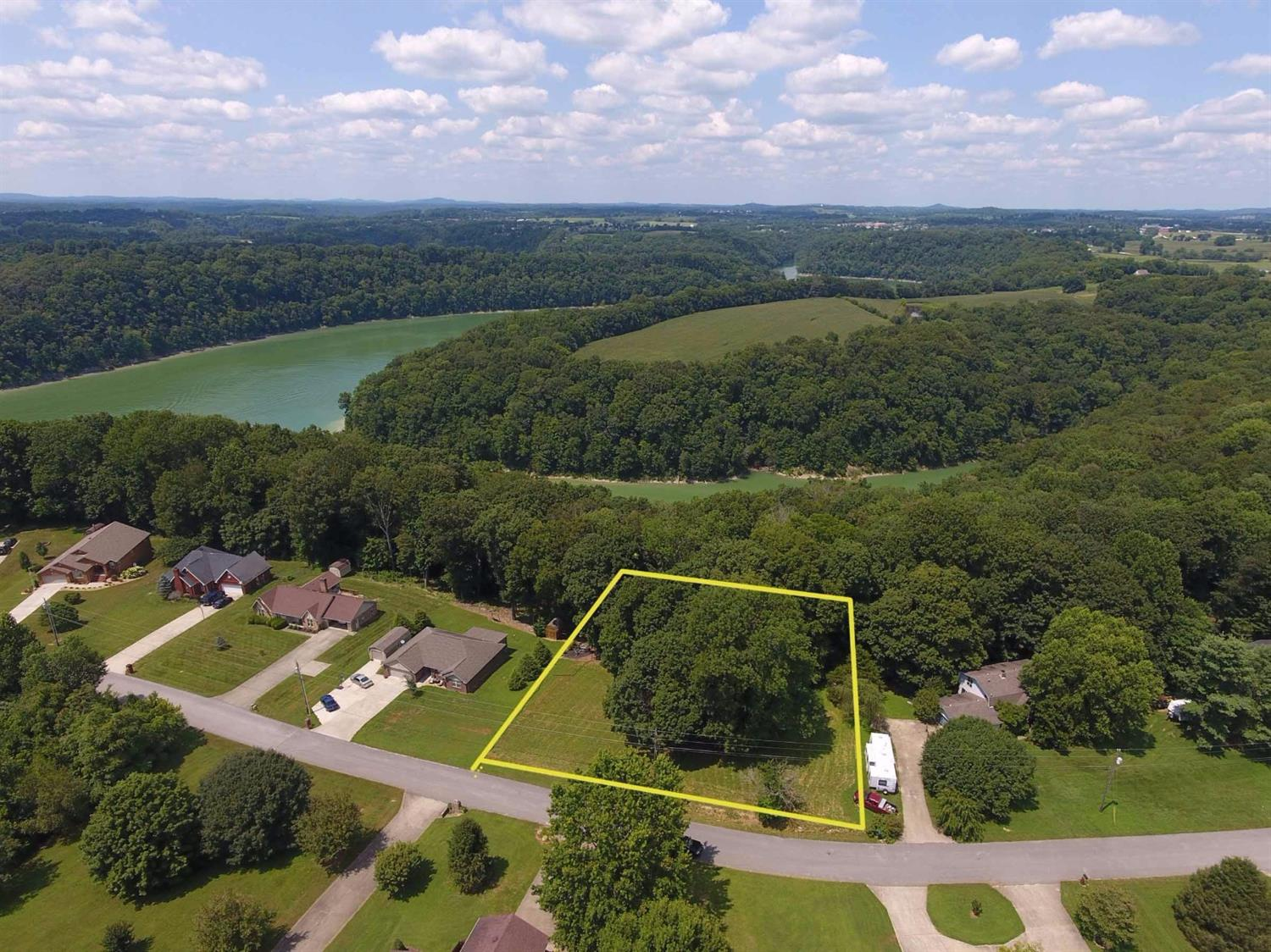 84 Enchanted Drive, Somerset, KY 42503