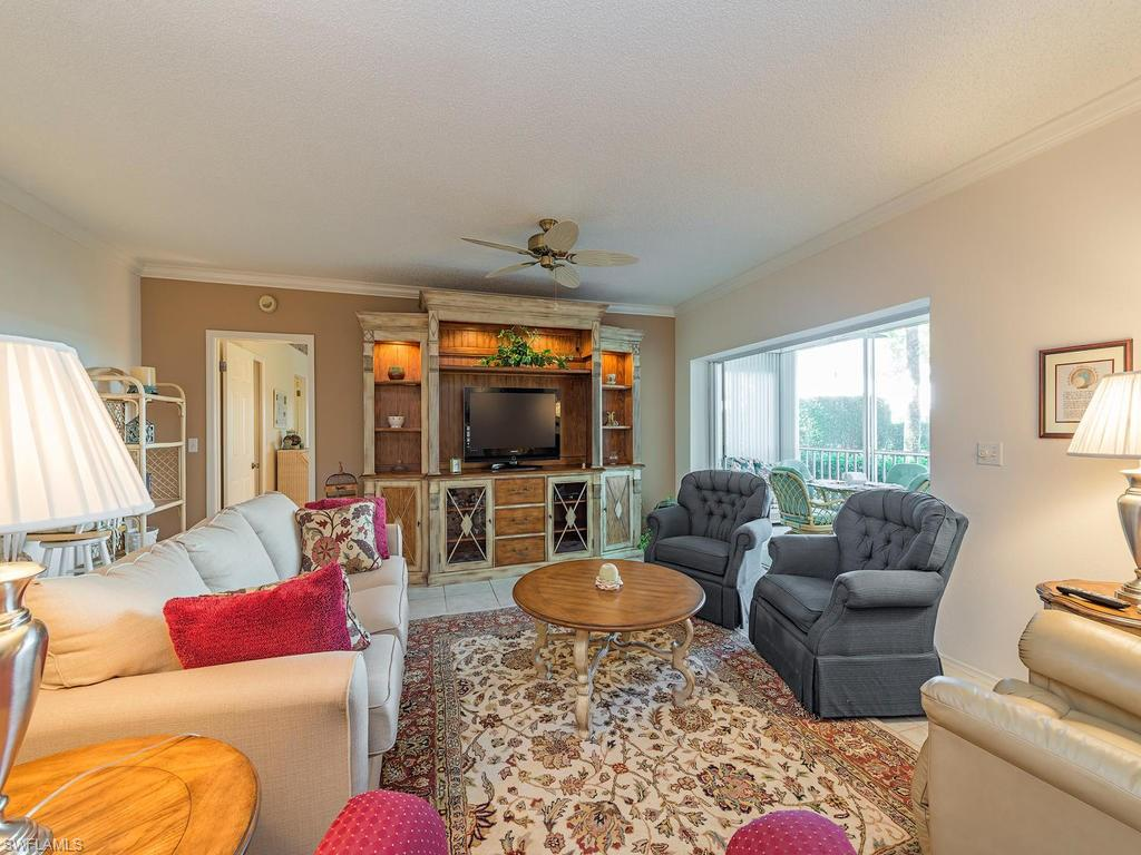 772 Willowbrook DR 902, NAPLES, FL 34108
