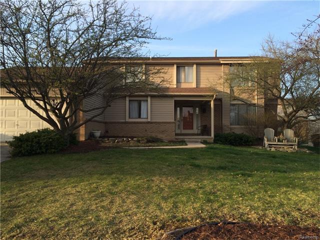 30316 SOUTHAMPTON LN, Farmington Hills, MI 48331