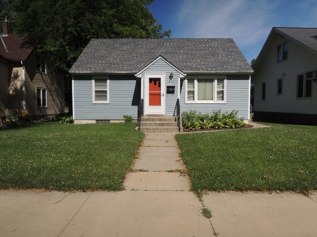 411 N Cass Avenue, Springfield, MN 56087